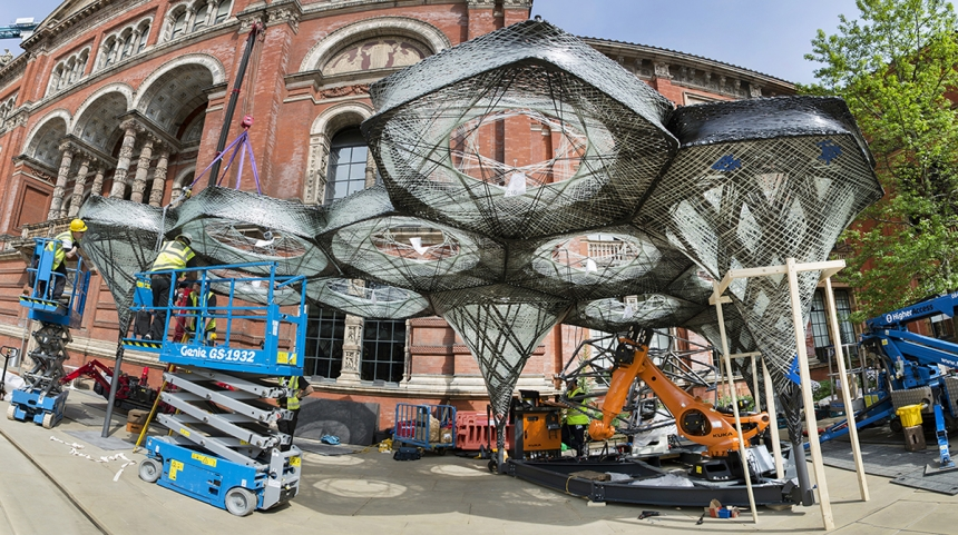 Watch Higher Access Ltd lift equipment transform London's V&A museum garden in this nice time lapse video.