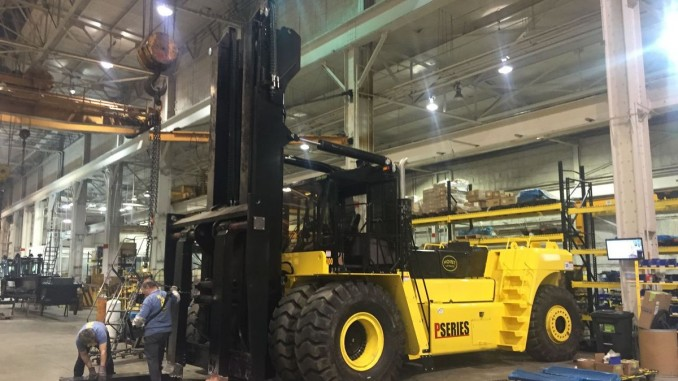 Chicago Area Hoist Liftruck Lands Deal To Make High Capacity Forklifts For Toyota  Material Handling USA