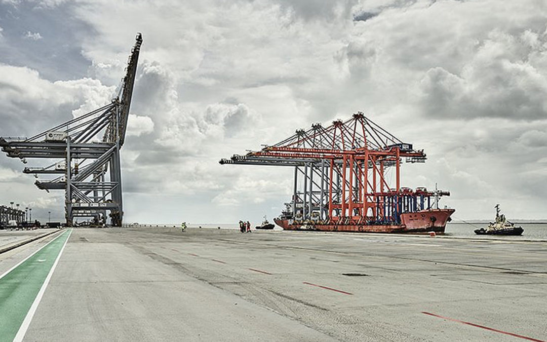 Enormous quay cranes brought up the river thames for the third berth at UK's new logistics hub