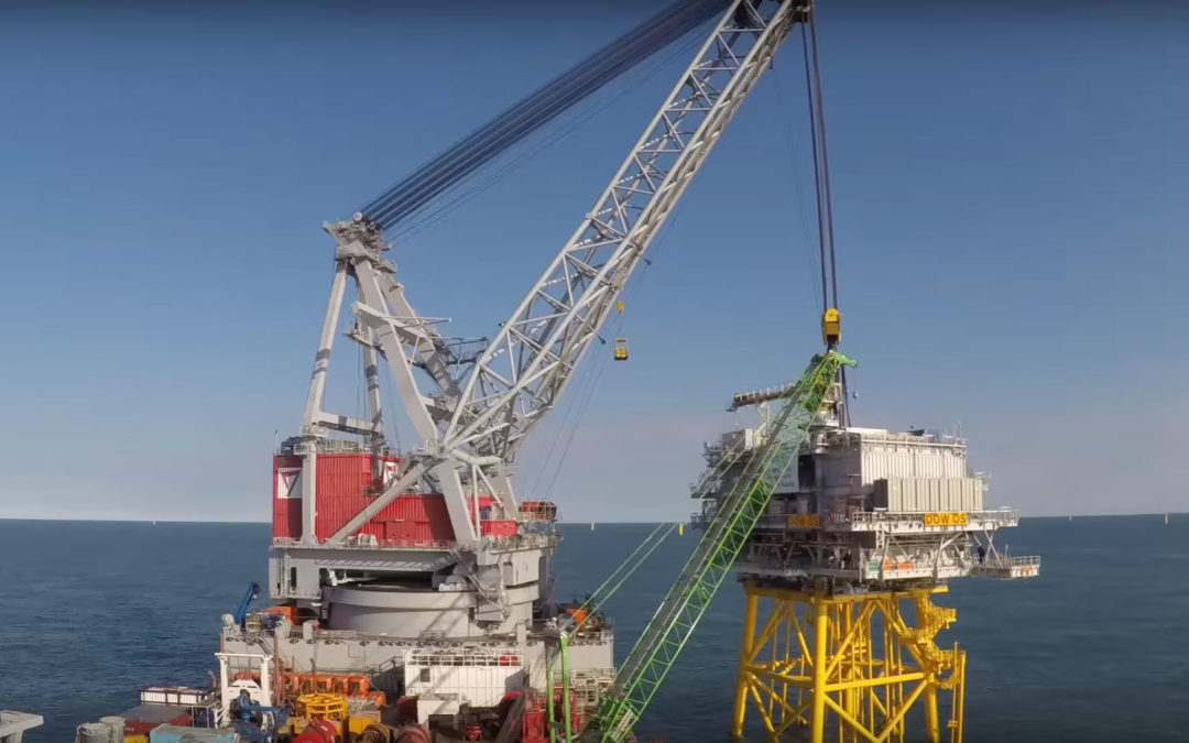 Watch this 1,700 tonne lift on the Dudgeon bank completed by heavy lift vessel Oleg Strashnov