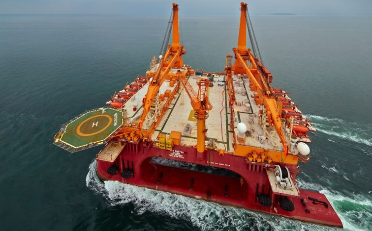 Kongsberg wins EPC contract for two heavy lift/accommodation units