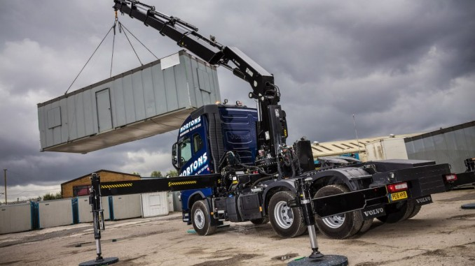 10-Ton front axle rating on Volvo FH clinches deal to mount a Hiab XS 622 EP-6 HiPro crane ...