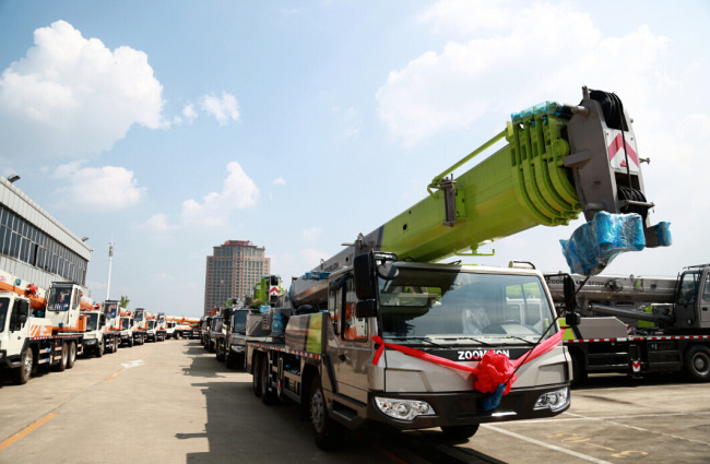 """Zoomlion delivers 24 cranes to Indonesia to support the """"Belt and Road"""" initiative"""
