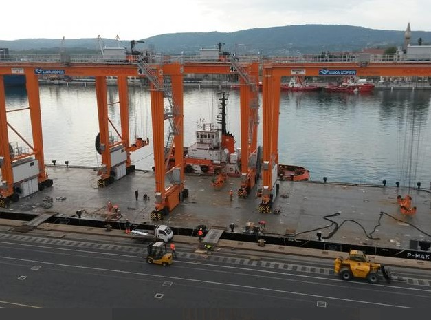 Slovenian port Luka Koper improves container terminal by seven new E-RTG cranes