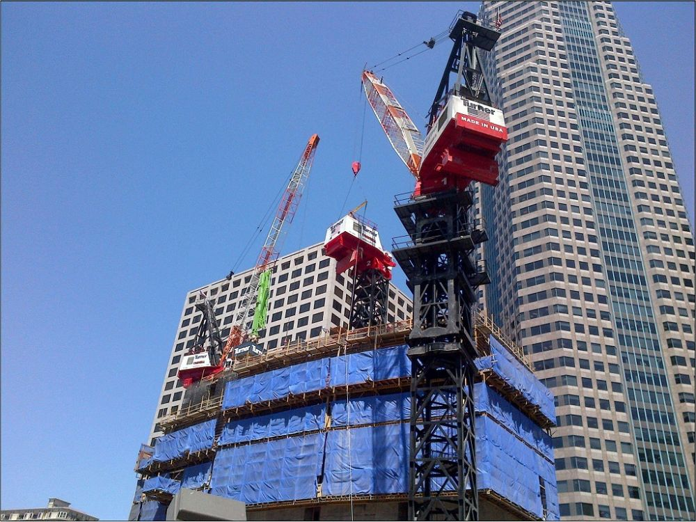 At 1,099 feet, Turner Construction Company uses a Tower ...