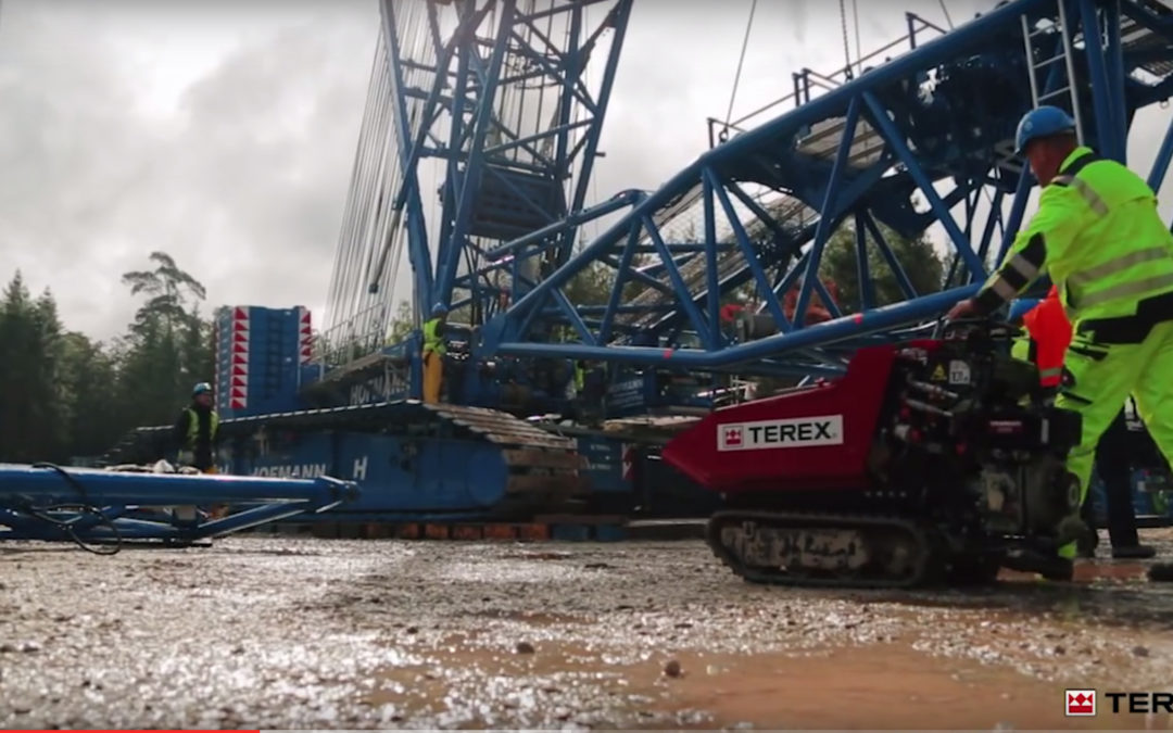 TRIAL BY FIRE IN THE HUNSRÜCK: BOOM BOOSTER AT WORK ON TEREX SUPERLIFT 3800 CRAWLER CRANE WITH FLEX FRAME AND SPLIT TRAY