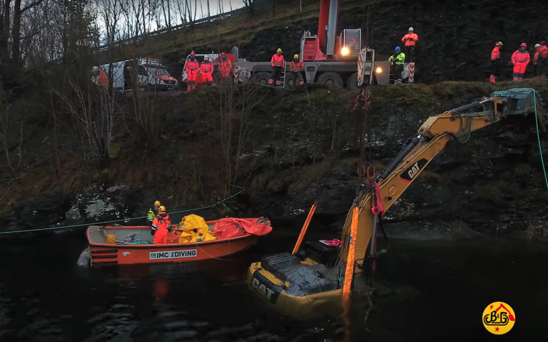 Watch video of an Excavator recovery operation in Norway
