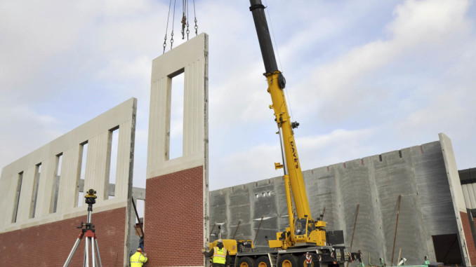 Dave S Crane Sets Precast Panels Supplied By Wells