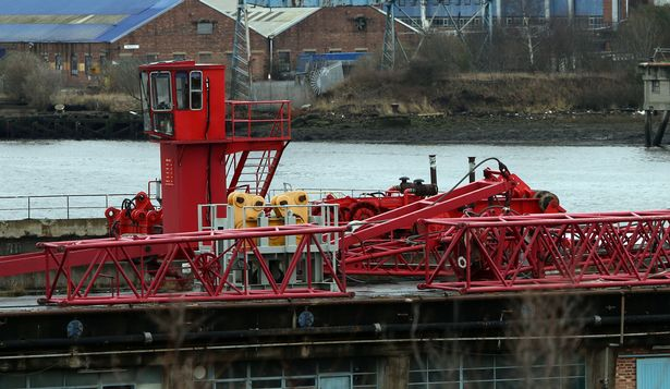 £1m ShipYard Crane sits unassembled since 2013 ar Swans Shipyard in UK