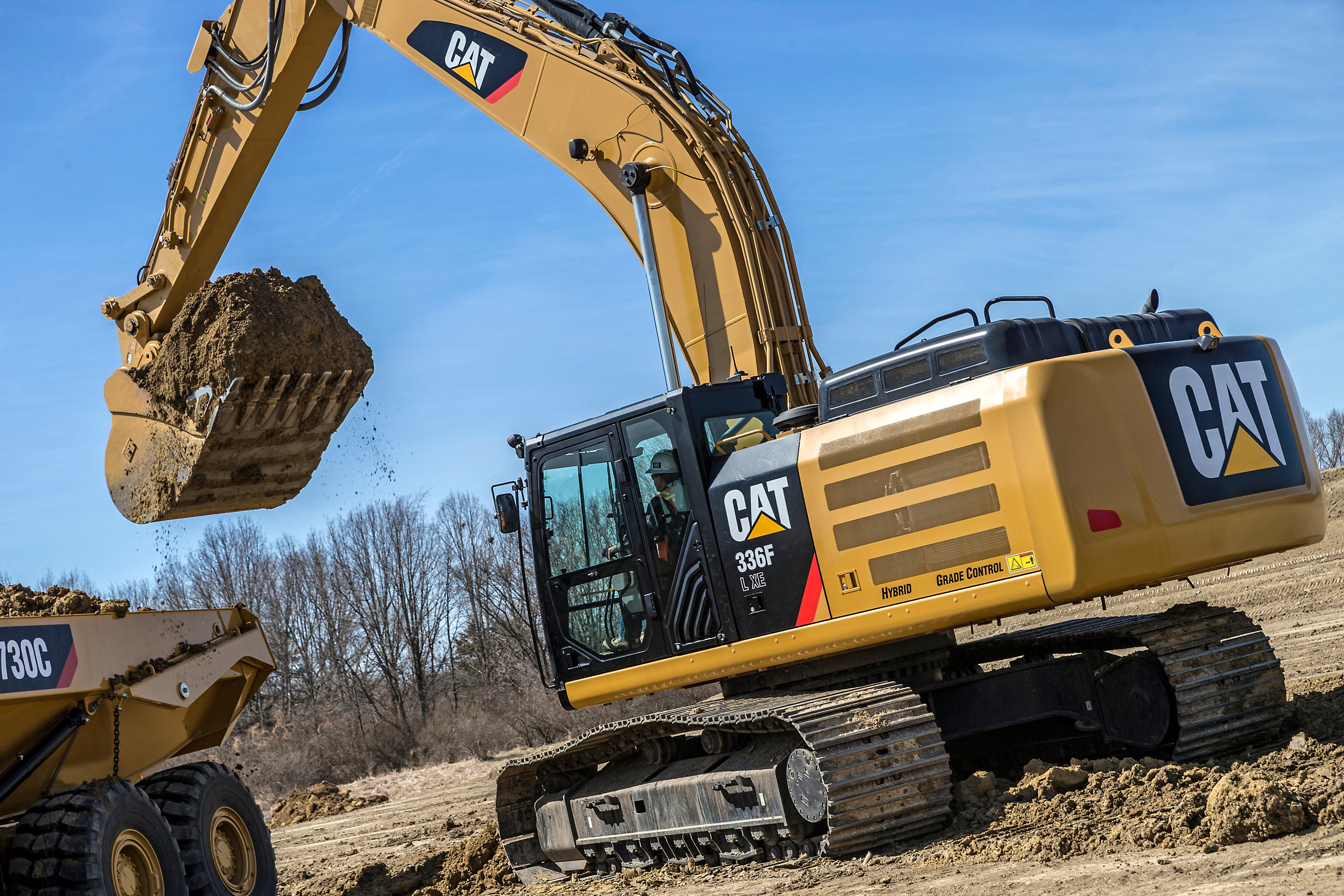 CAT equips more excavators with cost saving CAT connect technology