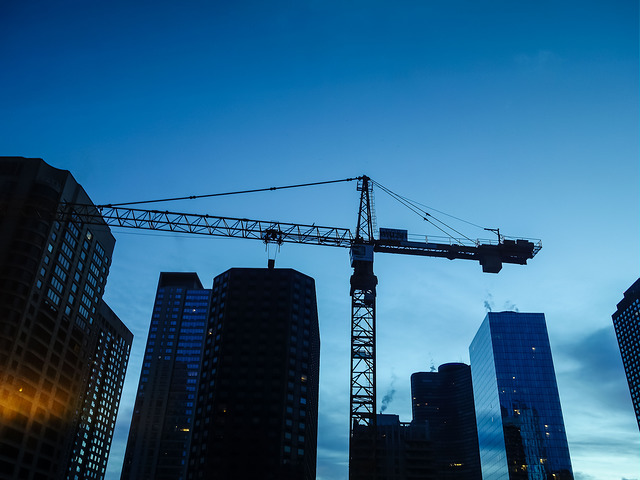 Crane's World: Chicago Now Has More Tower Cranes Building Residential Projects Than Any Other City in the USA