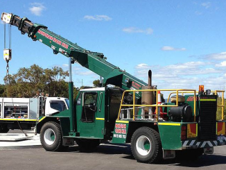 Mandurah-Crane-Hire-Pick-n-carry-crane