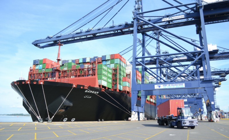 Port of Felixstowe in the UK orders two new Ship to Shore cranes from ZPMC