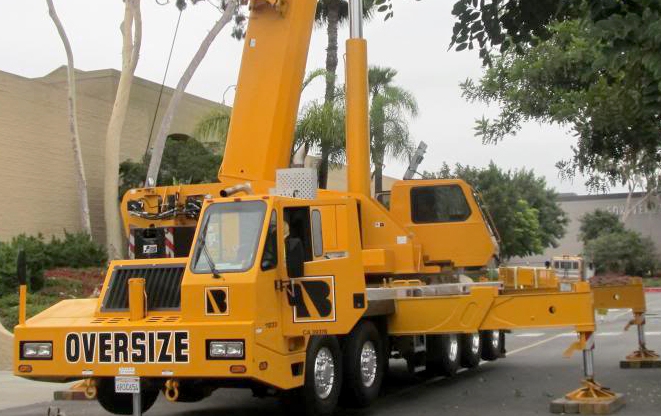 Bragg Crane based in Southern California finalized the purchase of eight new Link-Belt Cranes