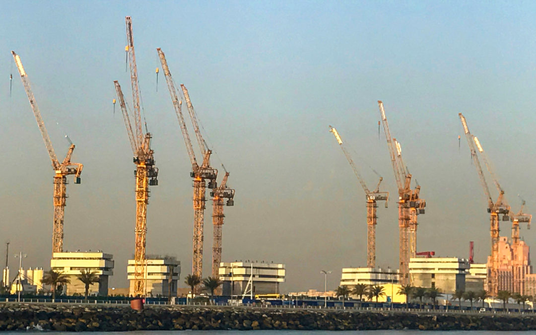 Potain Luffing Jib Tower Crane are onsite constructing a new resort in Dubai's Palm Jumeirah