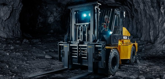 Vallée introduces the smallest deep mining lift truck able to hoist 10,000 lb.