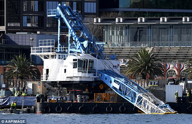 Crane Boom fails and slips underwater in Sydney Harbor