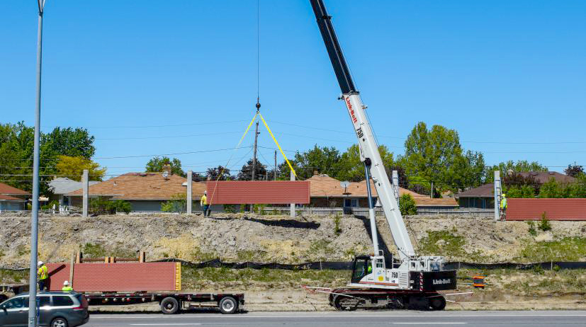The Great Lakes Construction Co is using a Link-Belt TCC-750 telecrawler to erect sound barriers in Ohio.