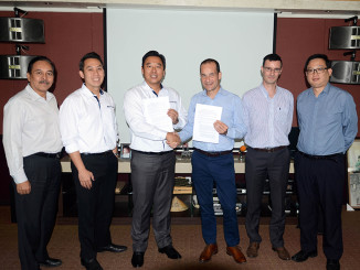 Manitowoc has strengthened its operations in Southeast Asia with the appointment of Multicrane Perkasa as its new dealer for Potain cranes in Indonesia. Based in Jakarta, the crane and construction equipment distributor has invested in comprehensive Manitowoc Crane Care training for five of its employees to ensure customers receive the fast and effective service that backs up each Potain purchase.