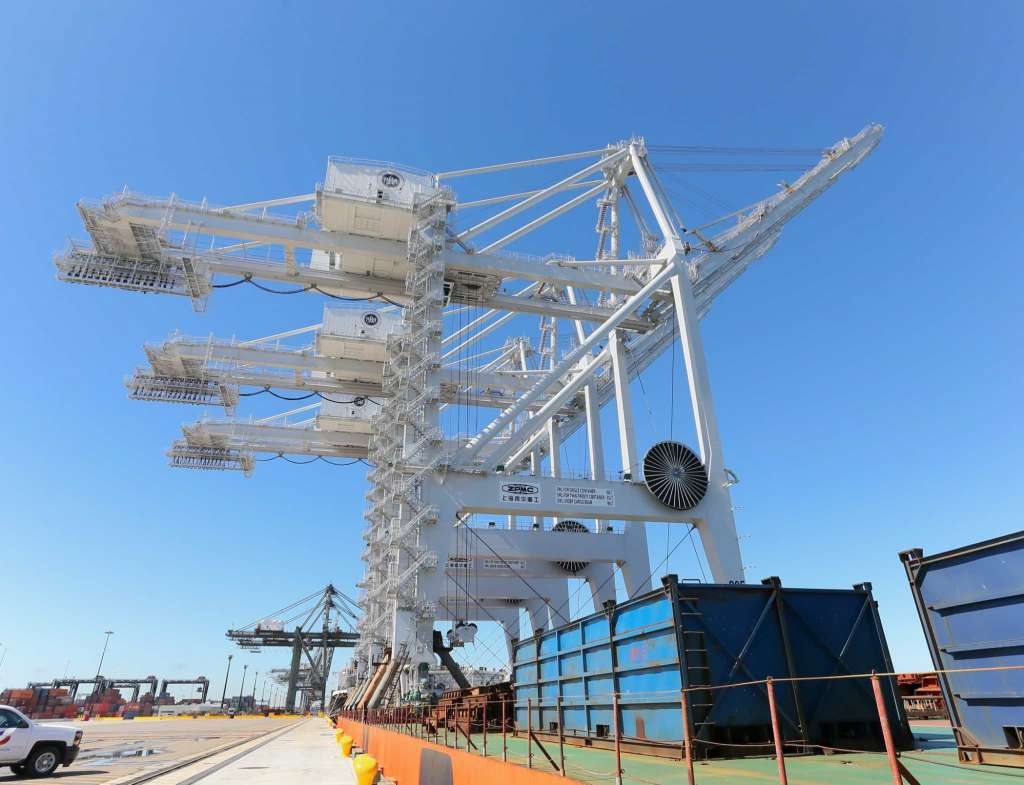 Port-Houston-ZPMC-ship-to-shore-cranes-2