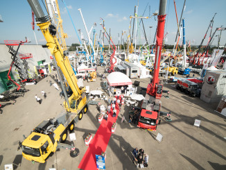 Manitowoc Cranes is celebrating a successful showing at the sixth edition of the Italian Cranes and Access and Heavy Transport Show (GIS) 2017 in Piacenza, Italy. During the three-day show, the company displayed a few of its industry-leading all-terrain cranes, the Grove GMK4100L-1 and GMK5150, which feature new taxi configurations for more efficient road travel.