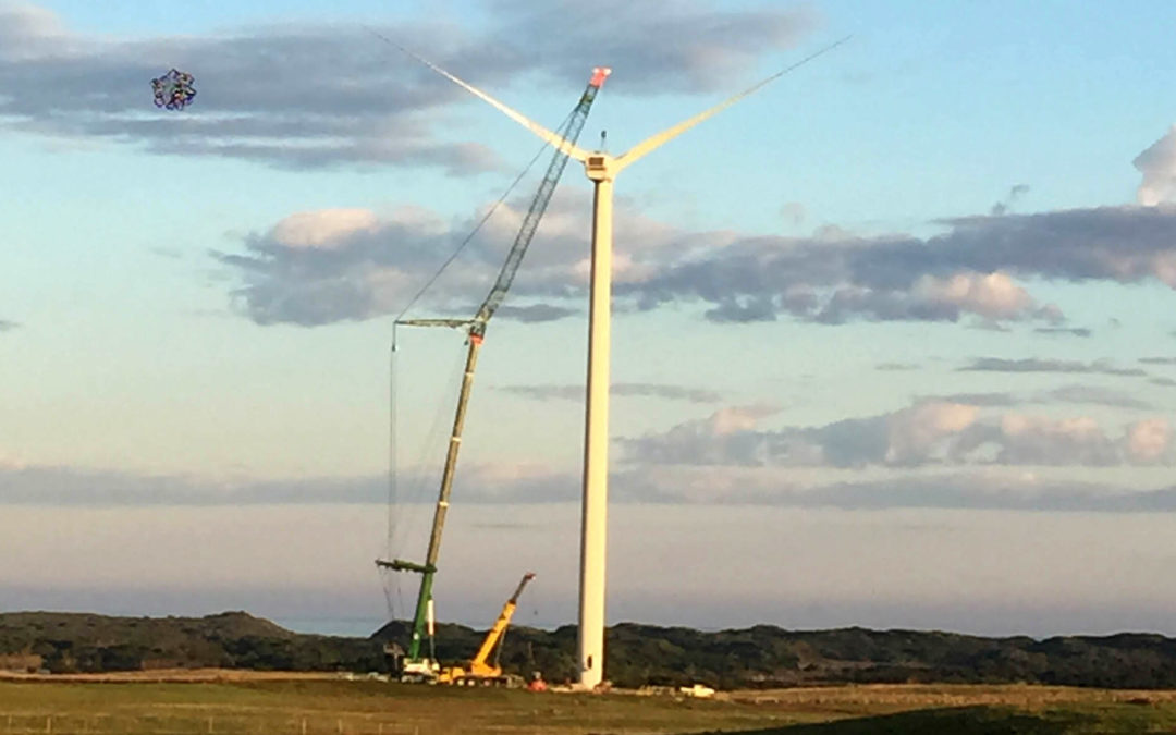 Grove GMK6400 All Terrain Crane with MegaWing Lift attachment handles wind farm in Tasmania