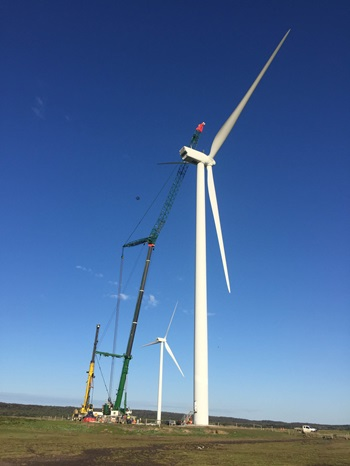 Pfeiffer-Cranes-GMK6400-perfect-for-Musselroe-Wind-Farm-Tasmania-7