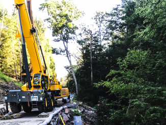 Kriger Construction (Kriger) has been using one of Manitowoc Cranes' latest rough-terrain models, the Grove GRT8100, for more than six months in its bridge-building operations. The Scranton, Pennsylvania-based company has found the new, 100 USt crane to be a beneficial addition to its fleet, thanks to the competitive capacity, build quality and smooth operation that the GRT8100 offers.
