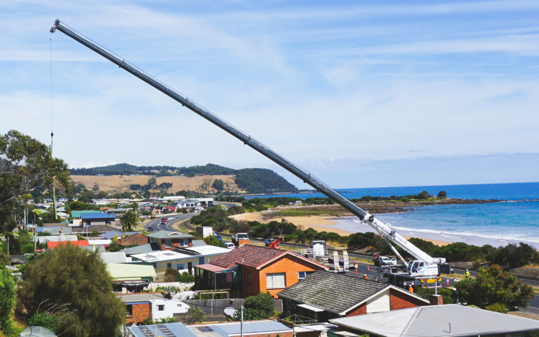 The lightweight Grove GMK5150L crane ideal for Australia's strict road regulations.