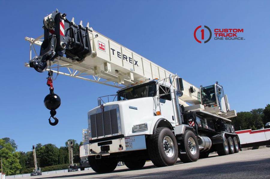 Utility One Source orders 14 new Boom Trucks, and Lattice Boom Cranes from Terex