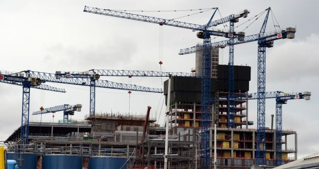 Dublin Ireland tower crane count drops to 71 in April