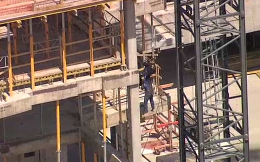 Crews rescue tower crane operator at construction site in Dallas